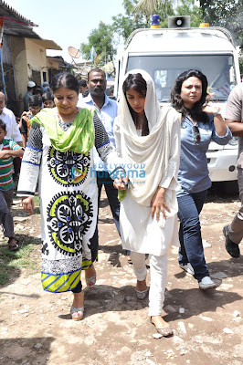 Priyanka Chopra attends her spotboy Jiban Patra's last rites