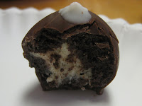 Chocolate and Vanilla Cake Ball - Chocolate with Vanilla Center