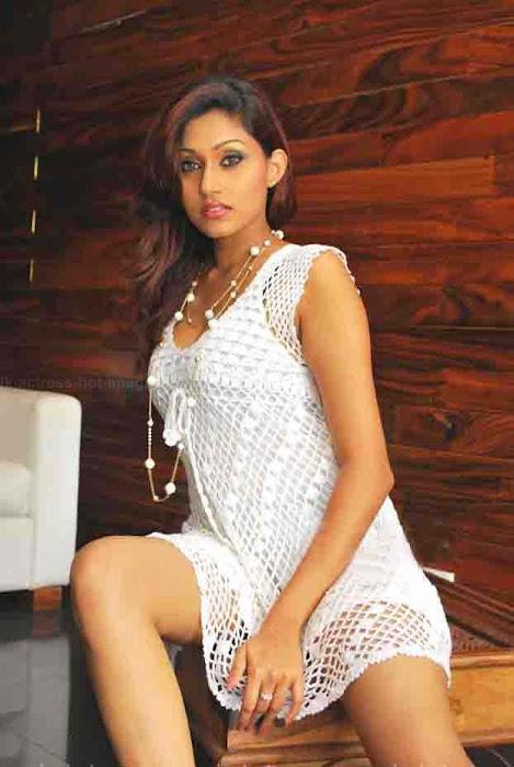 sri laknan aruni rajapaksha hot photoshoot