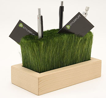 pencil holder or desk organizer / tidy that looks like grass