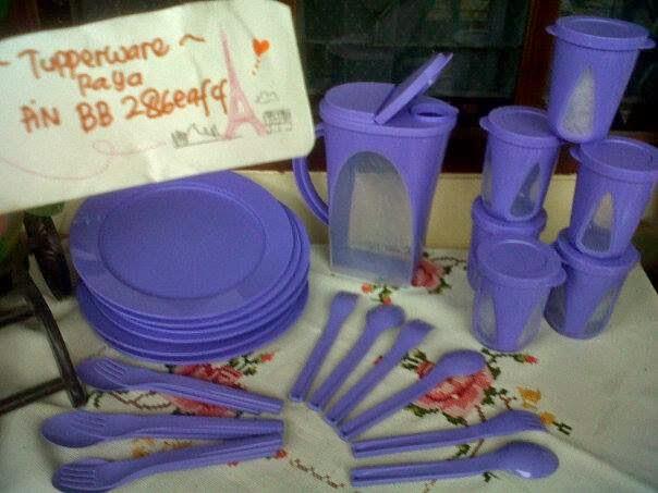 Tupperware Murah - Purple Outdoor Dining Complete Set
