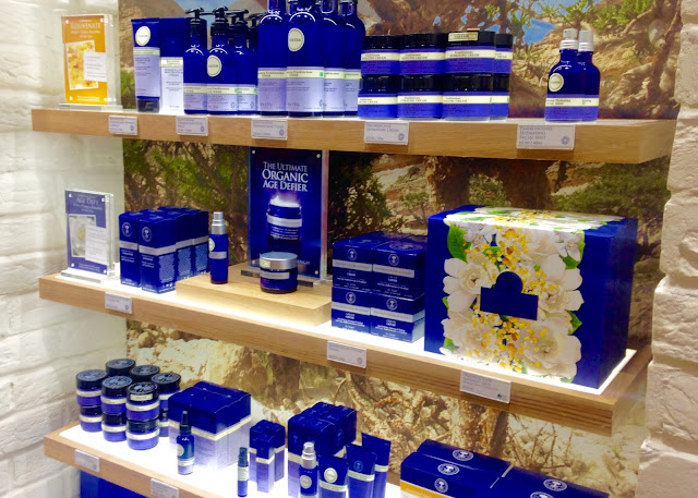neals yard remedies blogger event organic skincare frankincense eye intense cream