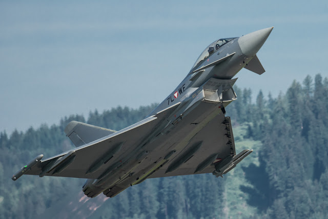 Eurofighter Typhoon winter afterburner