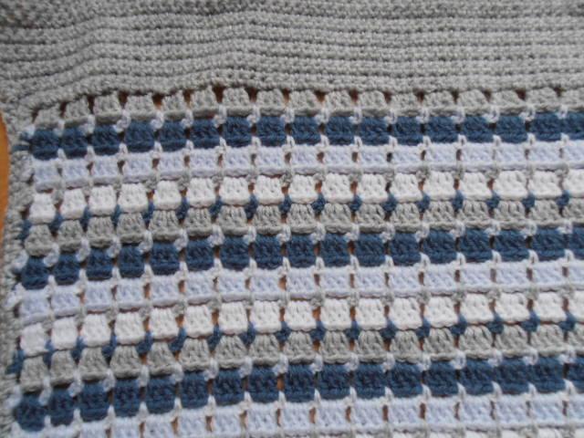 Jasmijn Happy Haakwerk Babydeken Granny Stripes