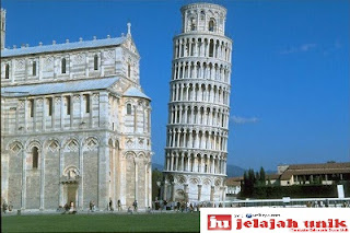 Asal Usul Miringnya Menara Pisa