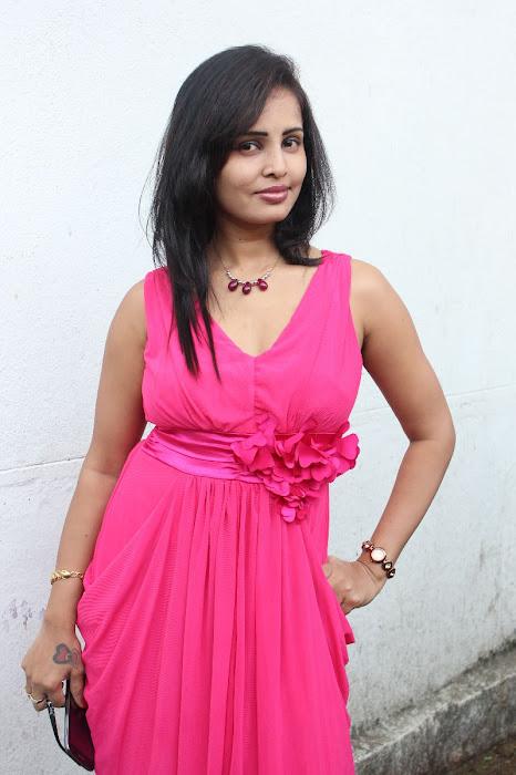 aashika actress pics