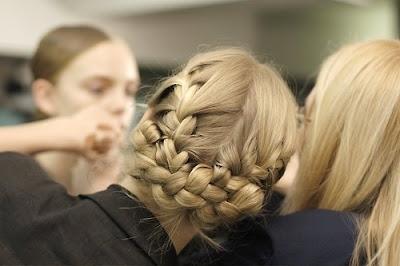 Плетение кос с видио