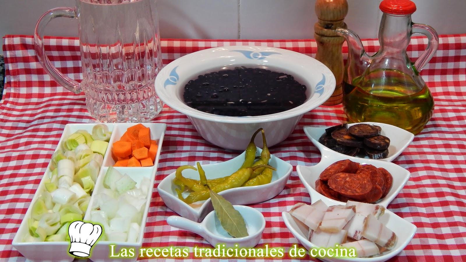 Receta fácil de alubias negras estofadas