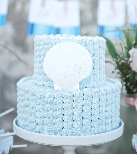 Scallop Shell Wedding Cake - Style Me Pretty