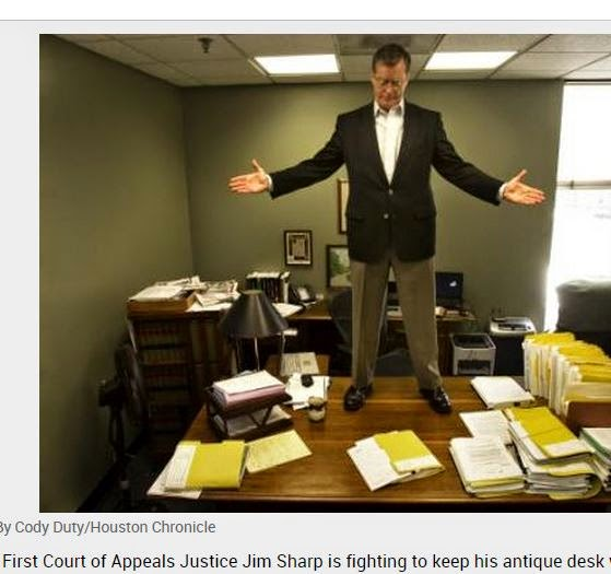 http://www.chron.com/entertainment/article/Gray-State-judge-is-doing-a-bit-of-desk-jockeying-2077501.php