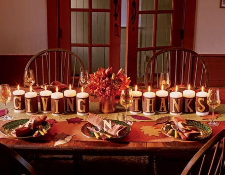 11 Thanksgiving Table Setting Ideas - Directions on How to Set the ...
