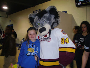 """CHICAGO WOLVES FIELD TRIP"""