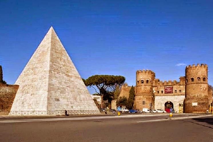 Η Πυραμίδα της Ρώμης αποκαταστάθηκε στο αρχικό της λευκό χρώμα