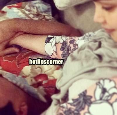 Siti Nurhaliza Tayang Gambar Manja Datuk K Tidur Atas Peha