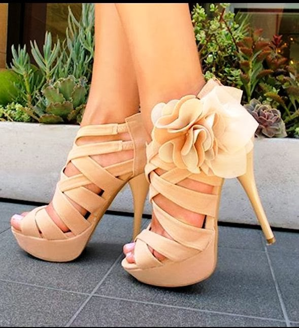 Lovely light brown floral high heel fashion trend