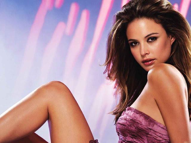 Model Josie Maran - Sexy in red dress