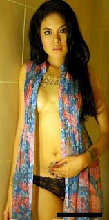 foto+topless+bugil+Nikita+Mirzani+3.jpg
