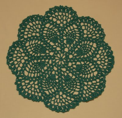 Lacy Crochet Doily Of The Week 20 Pineapple Doilies By Mindy