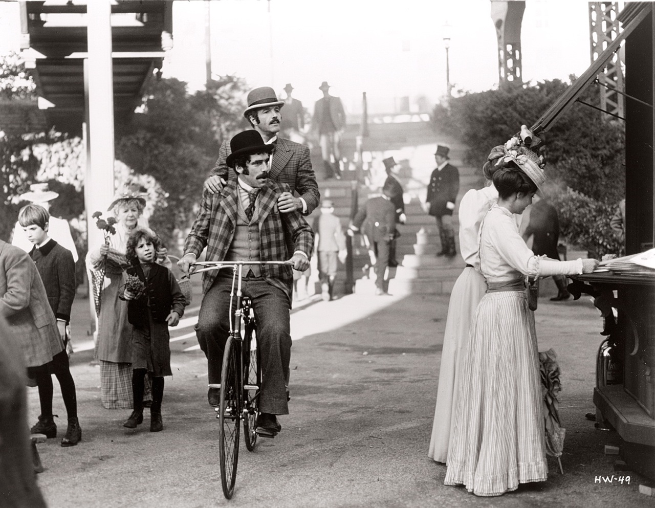Interesting Vintage Photos of Famous People on Bicycles ...