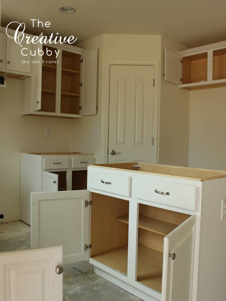 Best site for woodworking plans basic kitchen cabinet for Basic kitchen cupboards