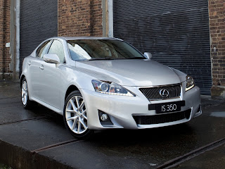 Japanese car photos - 2011 LEXUS IS 350 - 01