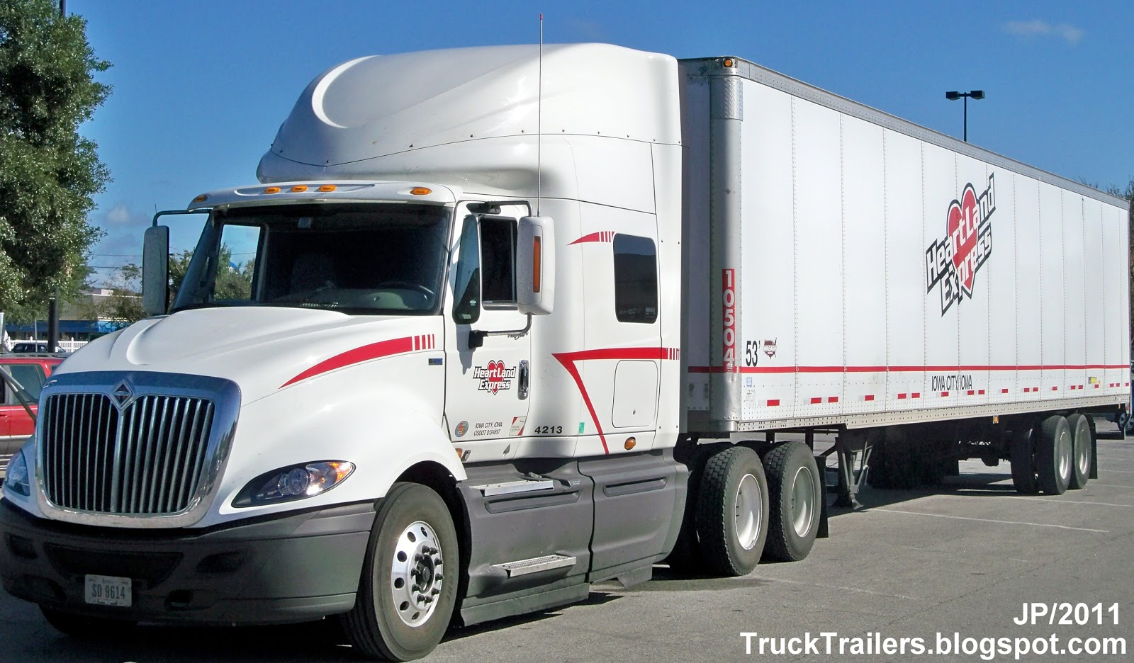 Truck trailer transport express freight logistic diesel for Star motors iowa city