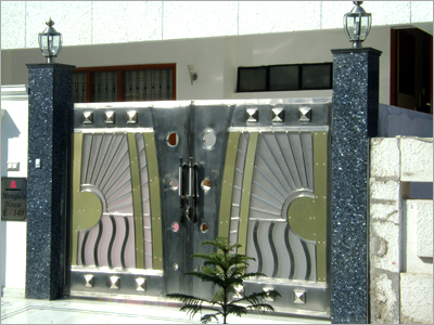 Modern Homes Main Entrance Gate Designs » Modern Home Designs