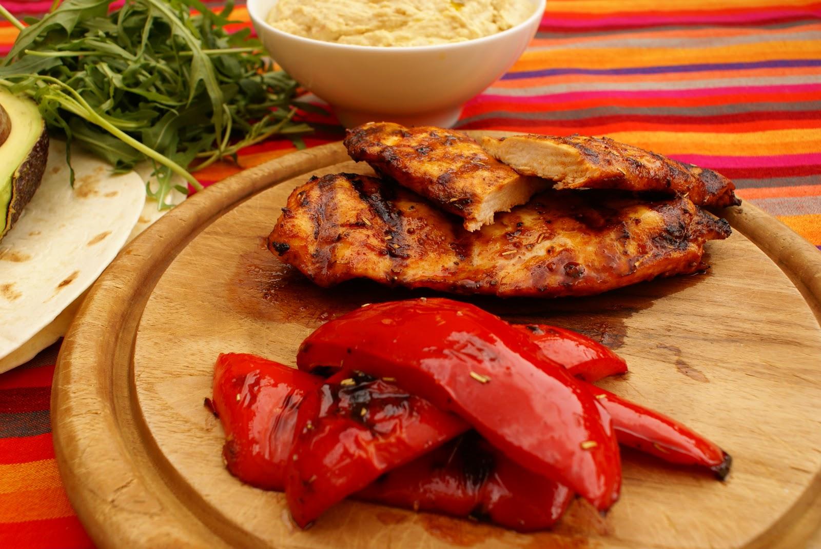 Kochen ist kein Hexenwerk: Hähnchen Wraps mit Hummus und gegrillter ...