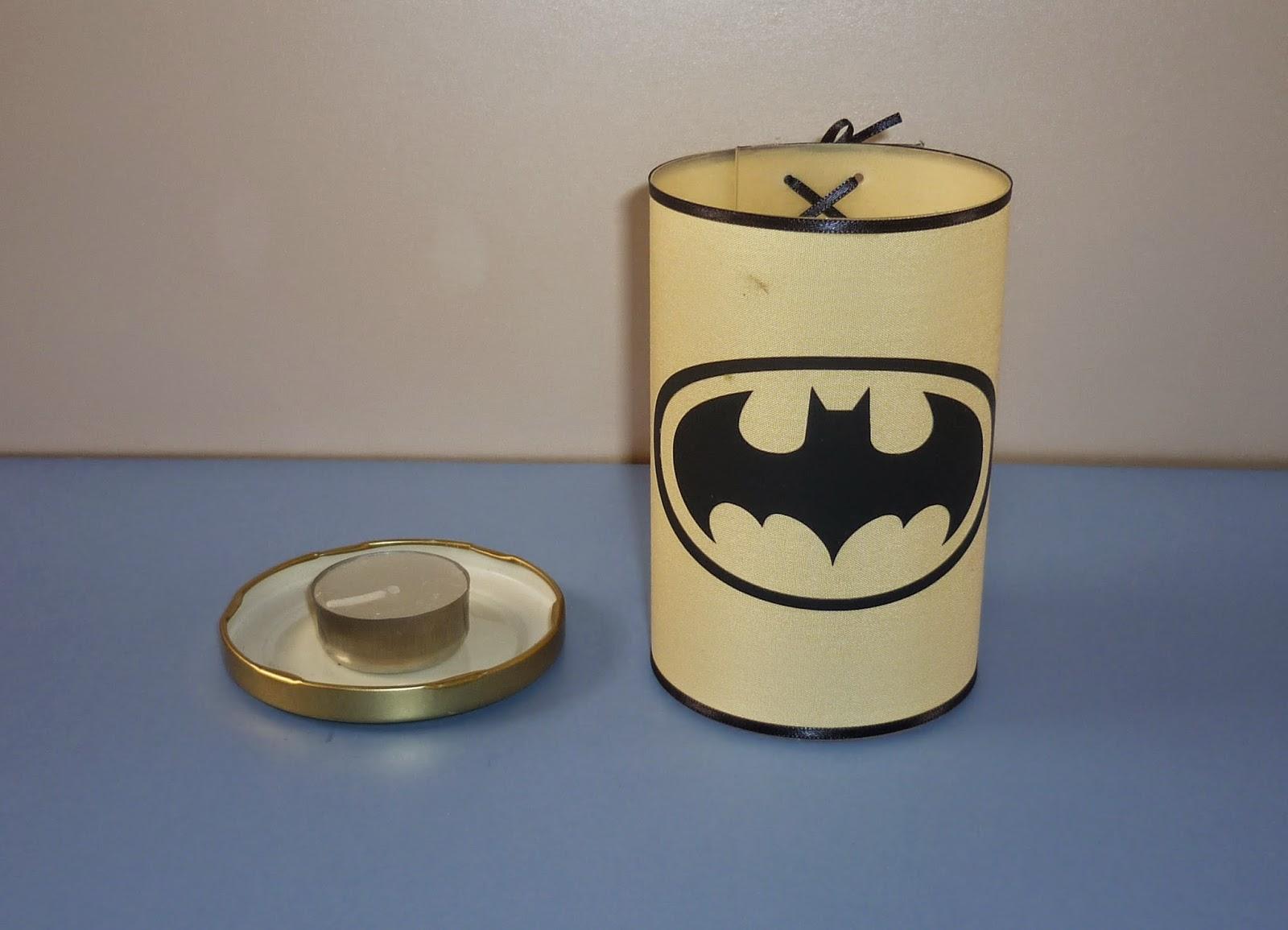 Minimandy. Vela de Noche con Pantalla. Batman. Souvenir. Centro de Mesa.