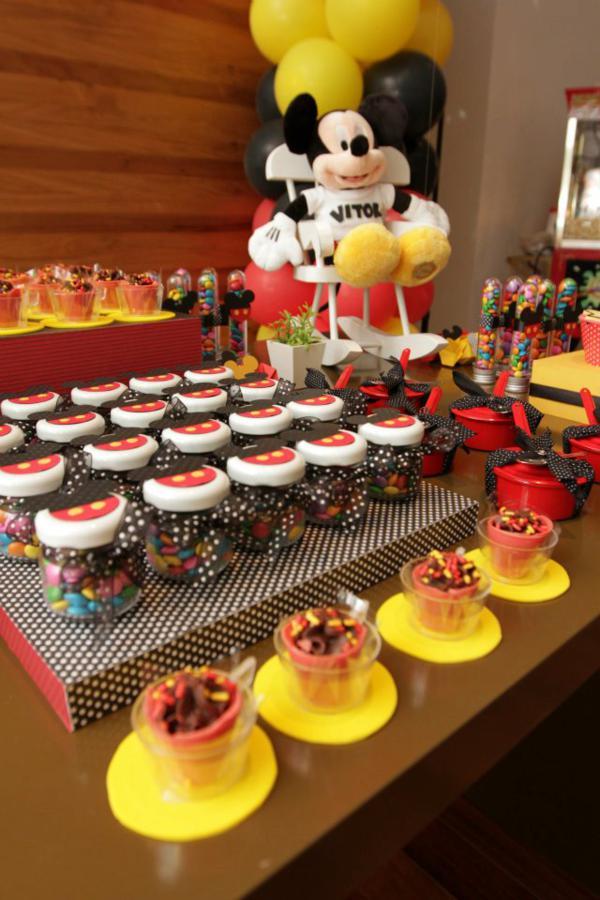 Karaspartyideas   2012 06 Mickey Mouse 1st Birthday Party Html