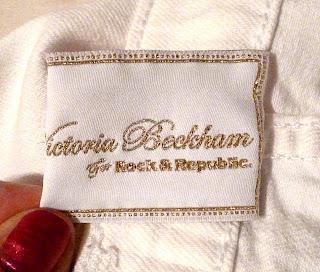 Detalle etiqueta tejano Victoria Beckham