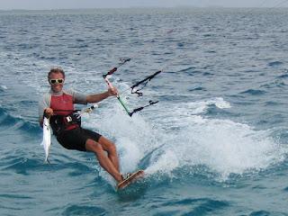 Cero, gefangen mit 12er-Kite bei 18kn-Wind