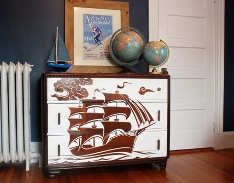 Attractive Hereu0027s A Great Tutorial On How To Paint Furniture With Decals!