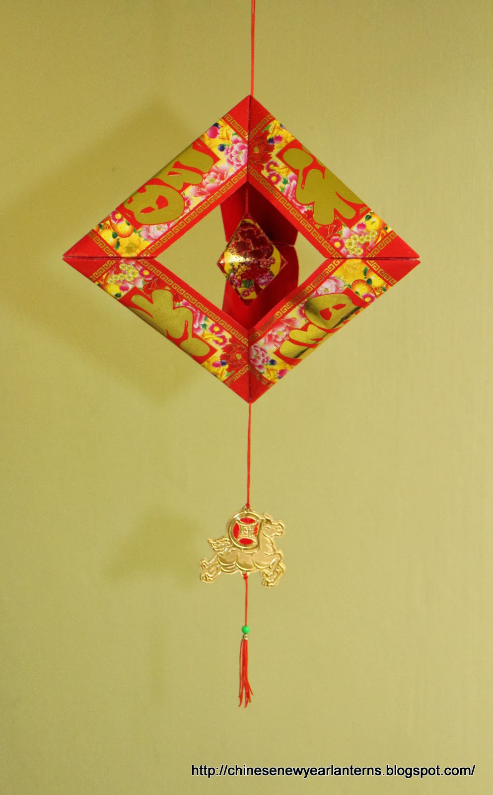 Chinese new year lanterns for Ang pow packet decoration