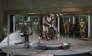 Iron Man 3 me ha parecido en definitiva una película entretenida y divertida . (iron man )