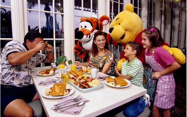 Restaurante Personagens Disney