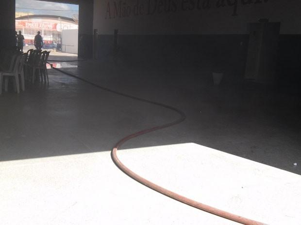Igreja evangélica pega fogo em Barreiras, no oeste da Bahia (Foto: Blog Sigi Vilares)