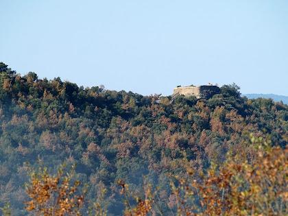 El Castell de Taradell des de la Collada de Mansa