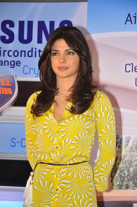 priyanka chopra launches samsung electronics hot photoshoot