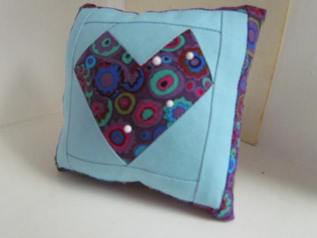 Pin Cushion for Pile O' Fabrics swap