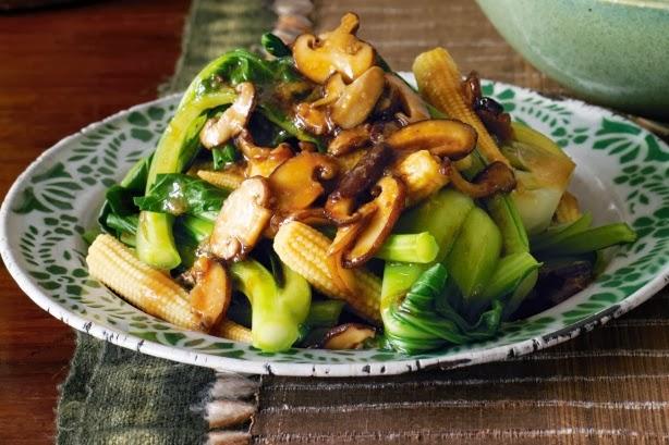 Nấm xào cải xanh