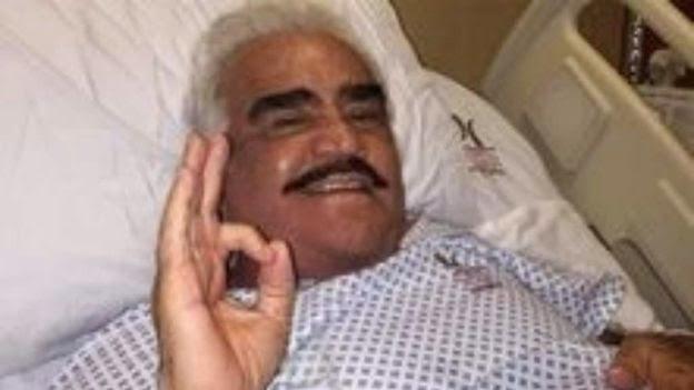 Esta mejor!. Vicente Fernández se recupera de una cirugía abdominal de urgencia según confirmó su equipo de prensa.