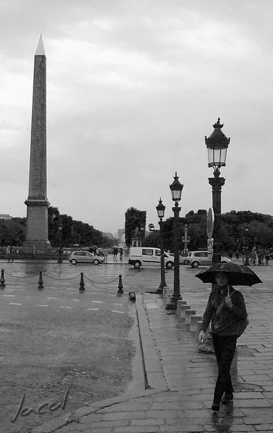 the indiscreet lens: It rains in Paris / Llueve en Paris