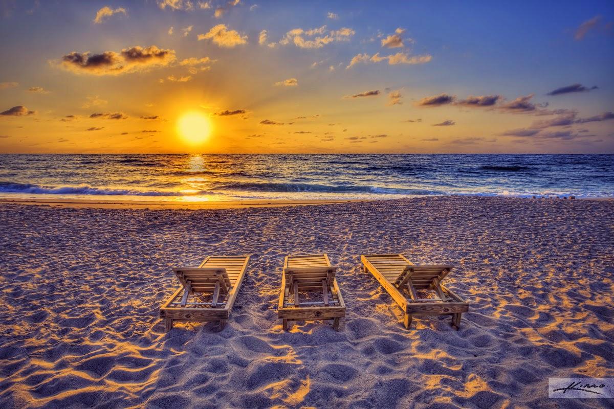 "<img src=""http://1.bp.blogspot.com/-3p7TId0SHTg/VDP8A4wA8LI/AAAAAAAAA8I/Yx4OMgU-r5o/s1600/sunrise.jpg"" alt=""Top 10 Best Beaches in the World that are Very Beautiful"" />"