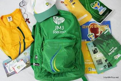 #JMJRio2013: Peregrinos começam a receber kits no Sambódromo e em Santa Cruz
