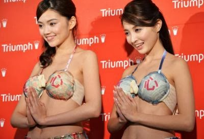 FASHION-JAPAN-TRIUMPH