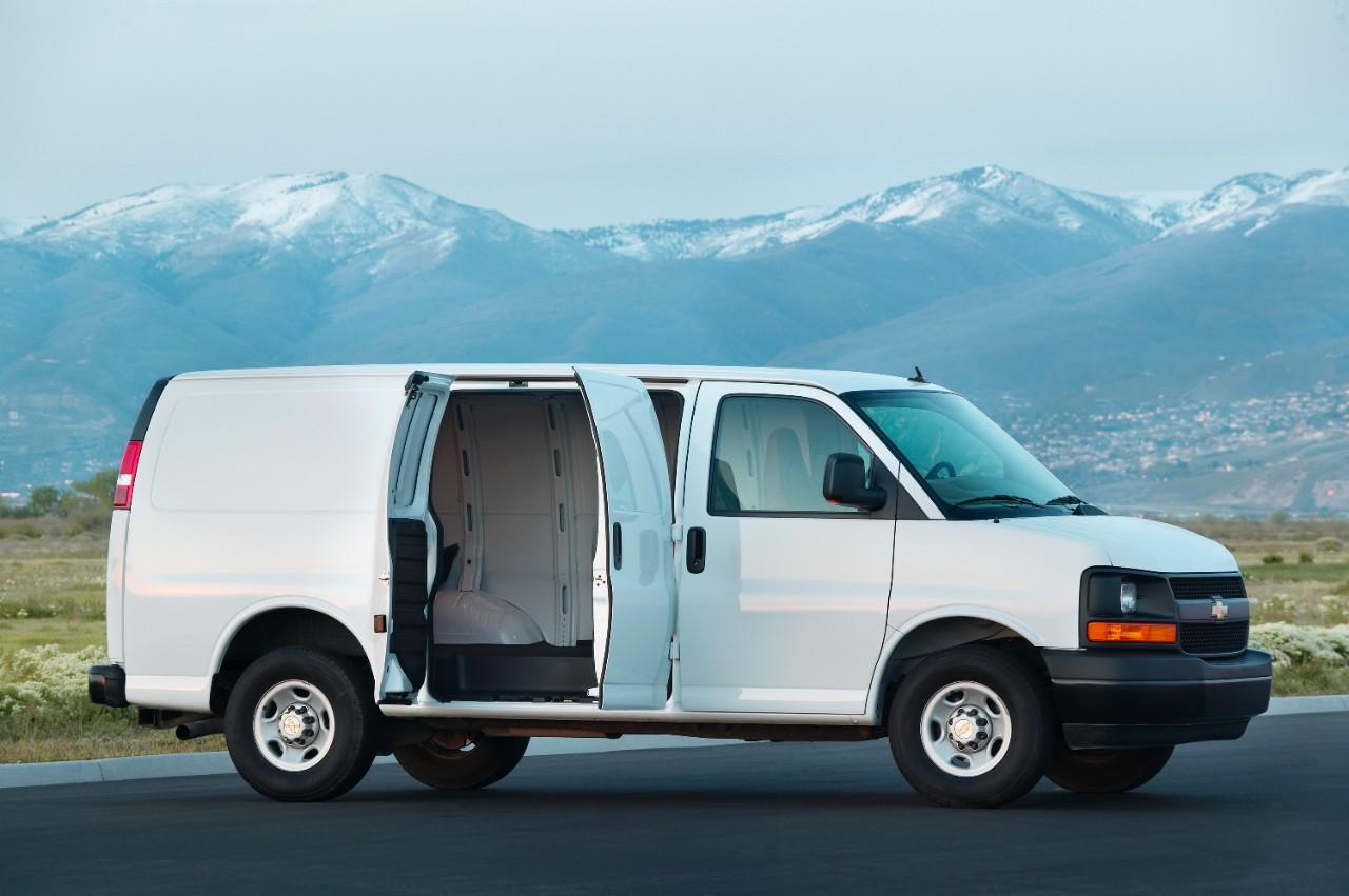 2015 Chevrolet Express white cargo van