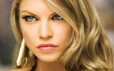 American Actress Fergie Wallpaper