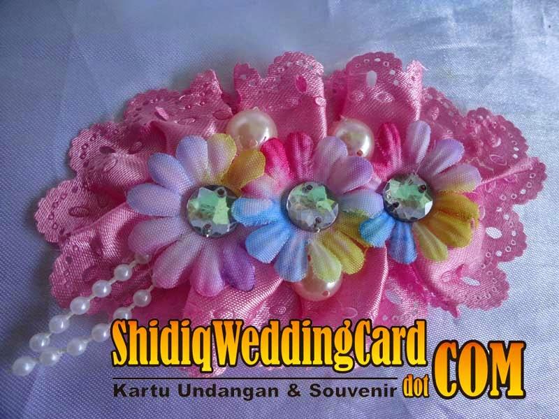 http://www.shidiqweddingcard.com/2014/09/bross-bunga-1.html