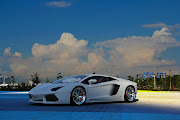 Free High Resolution Lamborghini Aventador In The Skey New HD Wallpapers .